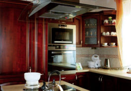 Ekskluzywne meble kuchenne w domu nowoczesnym