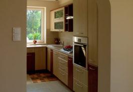 Zabudowa kuchenna w domu jednorodzinnym